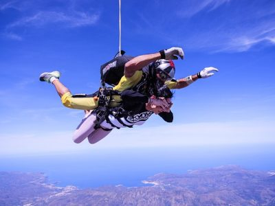 skydive-2717507_640